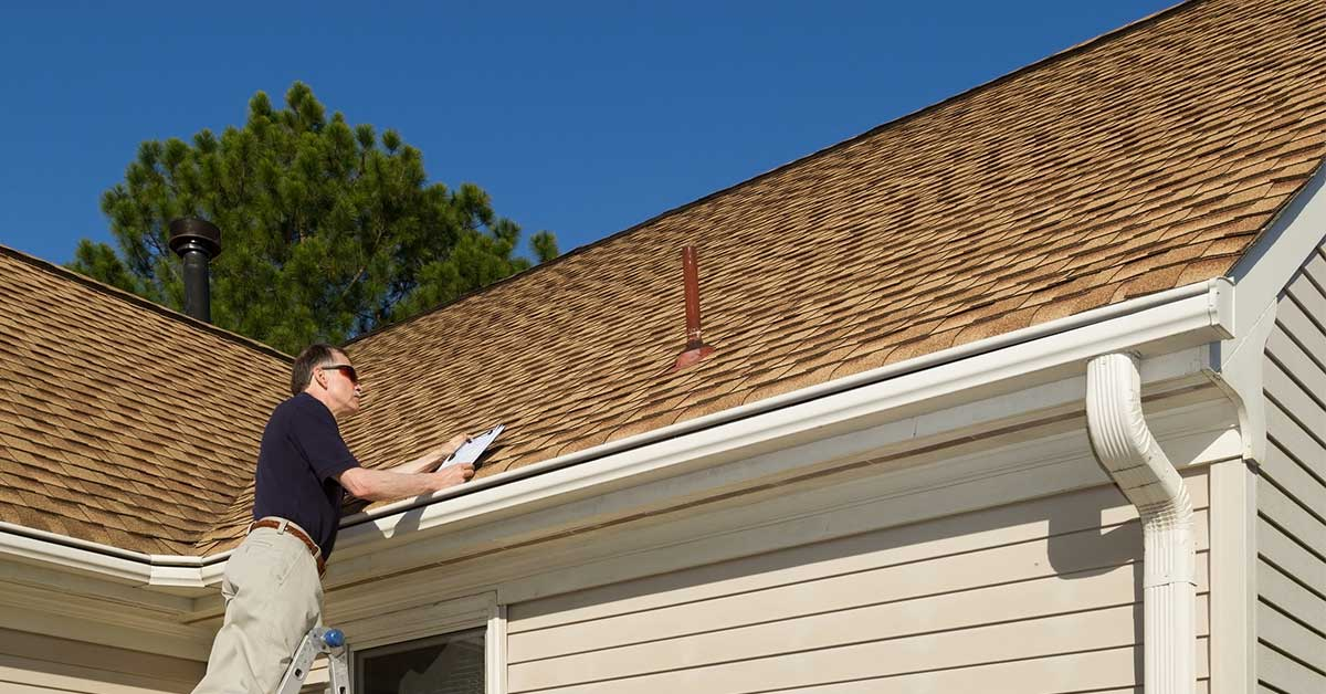 guardian roofing inspector conducting inspection in Utah